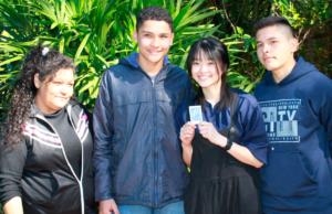promesa-cumplida-patrocinadora-de-taiwan-visita-a-joven-que-patrocina-desde-hace-7-anos